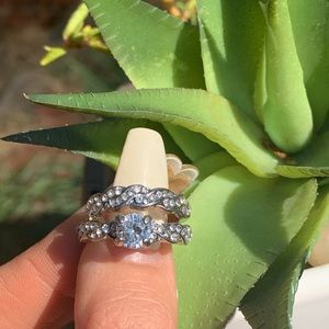 Jewelry - Silver plated crystal engagement ring set